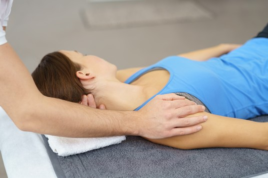 physical-therapy-spinal-alignment